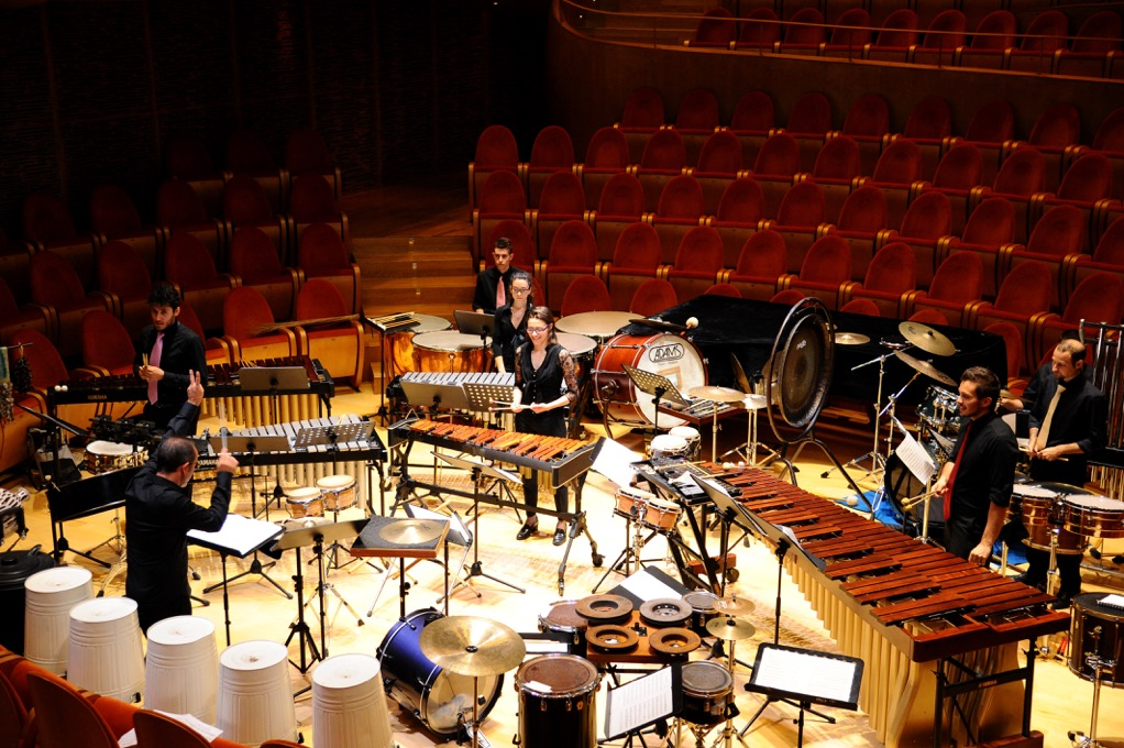 INTERNATIONAL PERCUSSION COMPETITION
