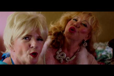 Peaches: il nuovo video di 'I Mean Something'